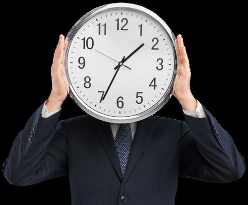 Człowiek trzymający zegar