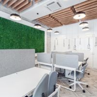Przestrzeń do pracy w open space