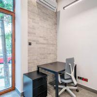 Biurko w inkubatorze przedsiębiorczości